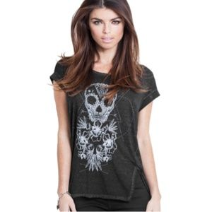 GUESS Women's Graphic T-shirt, Skull and Flowers